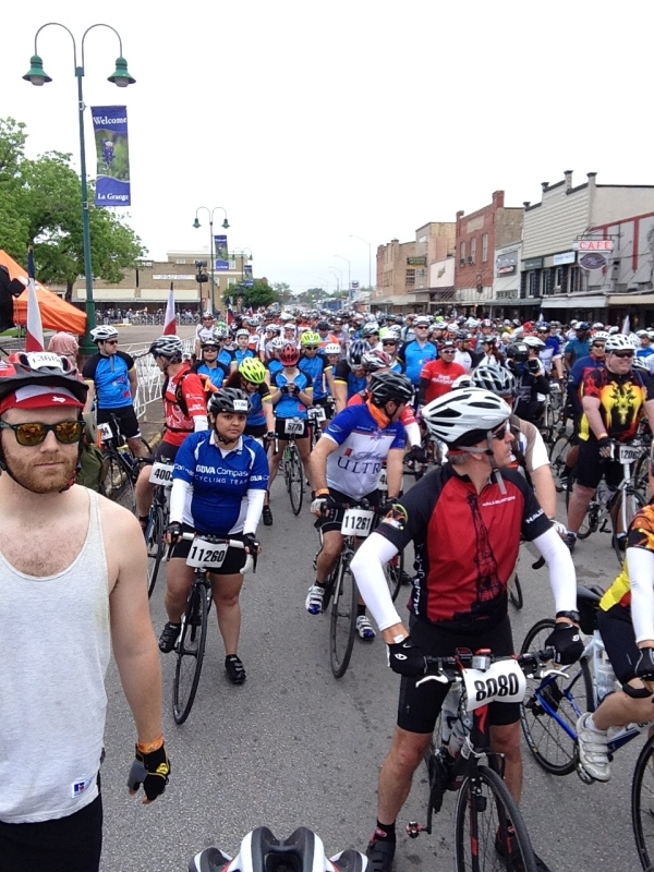 Looking behind me at the start line before heading out.